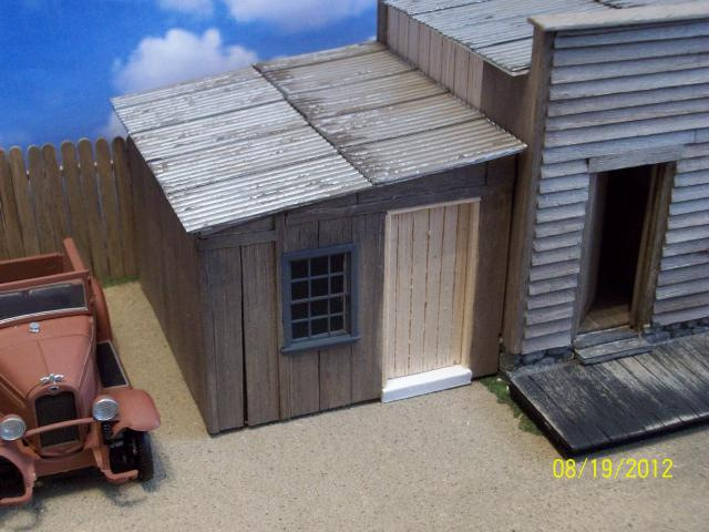 shed+walls+and+roof+on.jpg